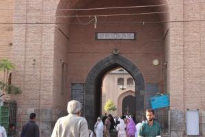 the main entrance of the masjid